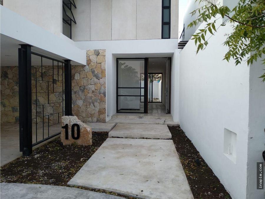 casa en privada simaruba