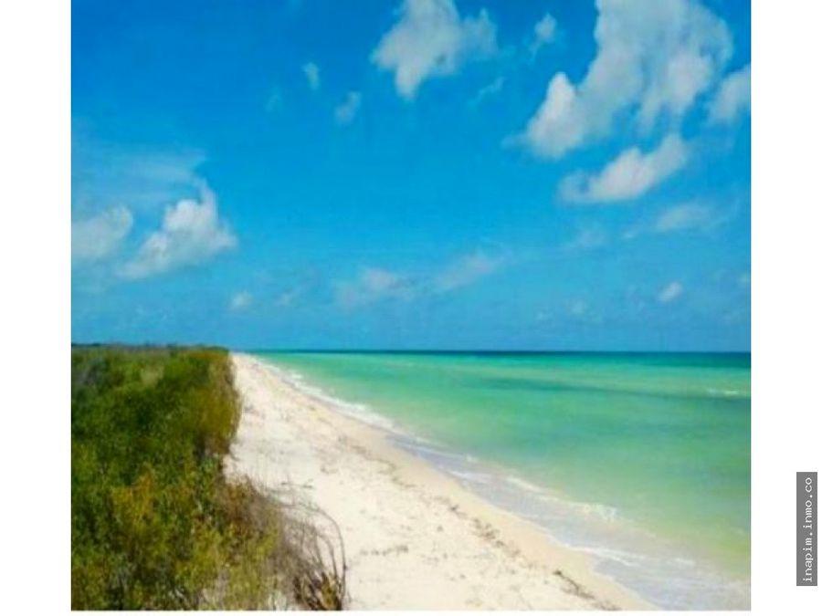 terreno frente al bello mar de sisal