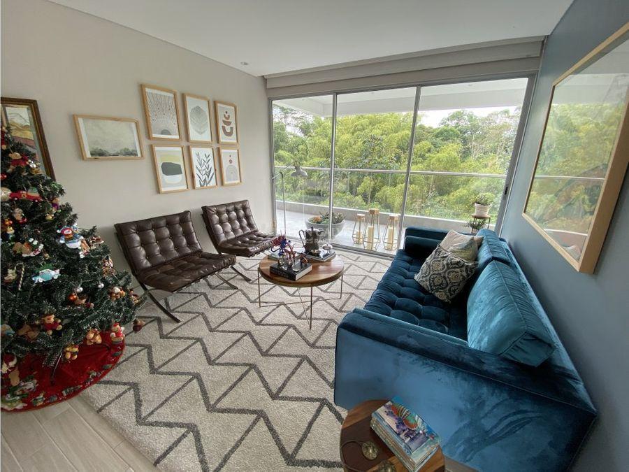 venta de amplio apartamento norte