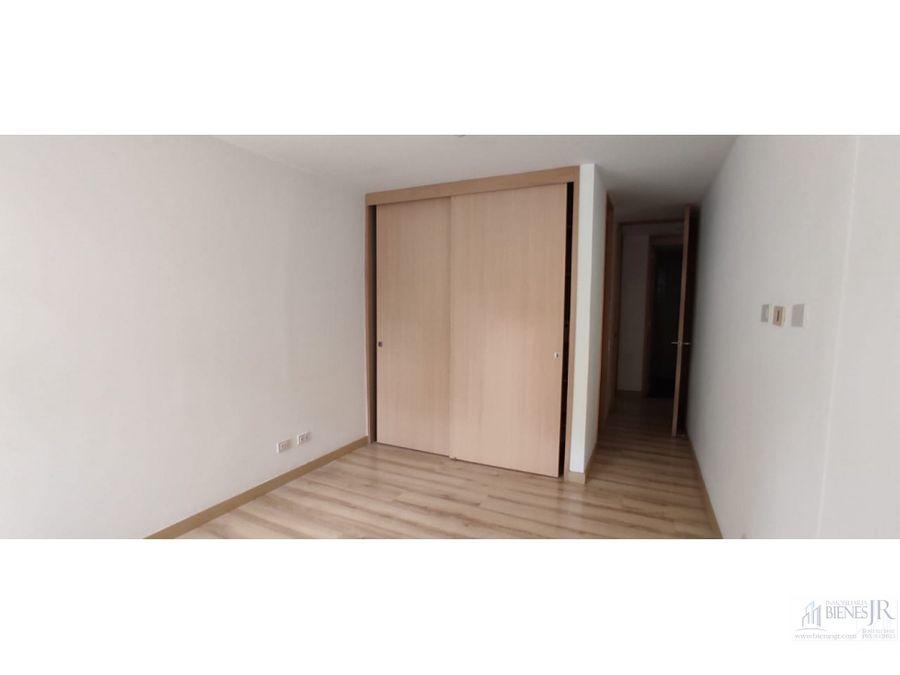arriendo apartamento en el escobero