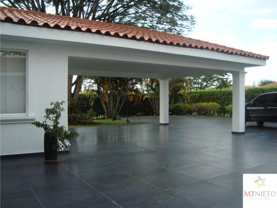 casa campestre 733 m2 y lote 3038 m2 cond el eden