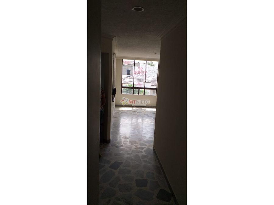 vendo apartaestudio norte de armenia primer piso escaleras