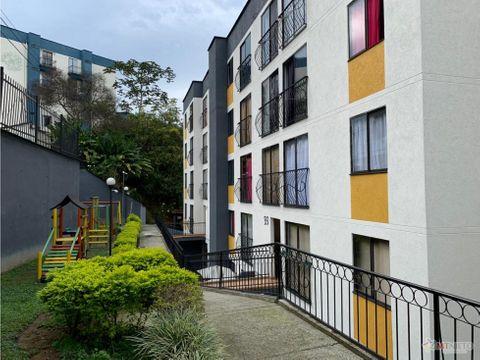 apartamento de 2 alcobas 43m2 primer piso av 19