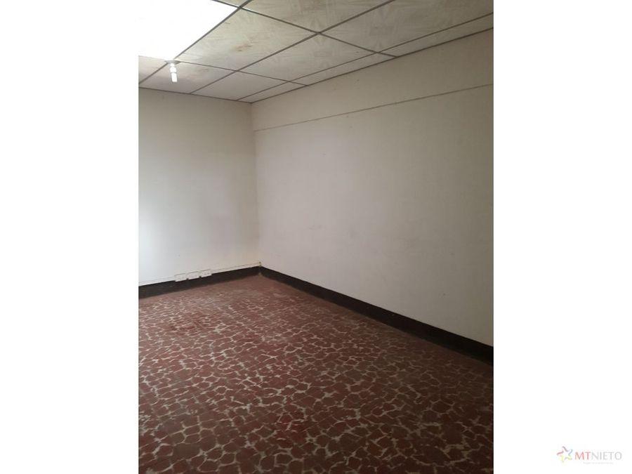 venta bodega de 2000 m2 la tebaida via cali