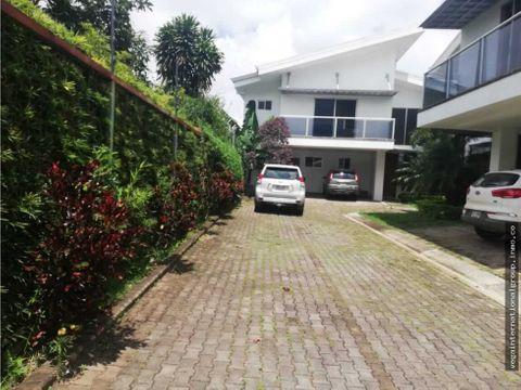 moderna casa en complejo de 3 casas pozos de santa ana
