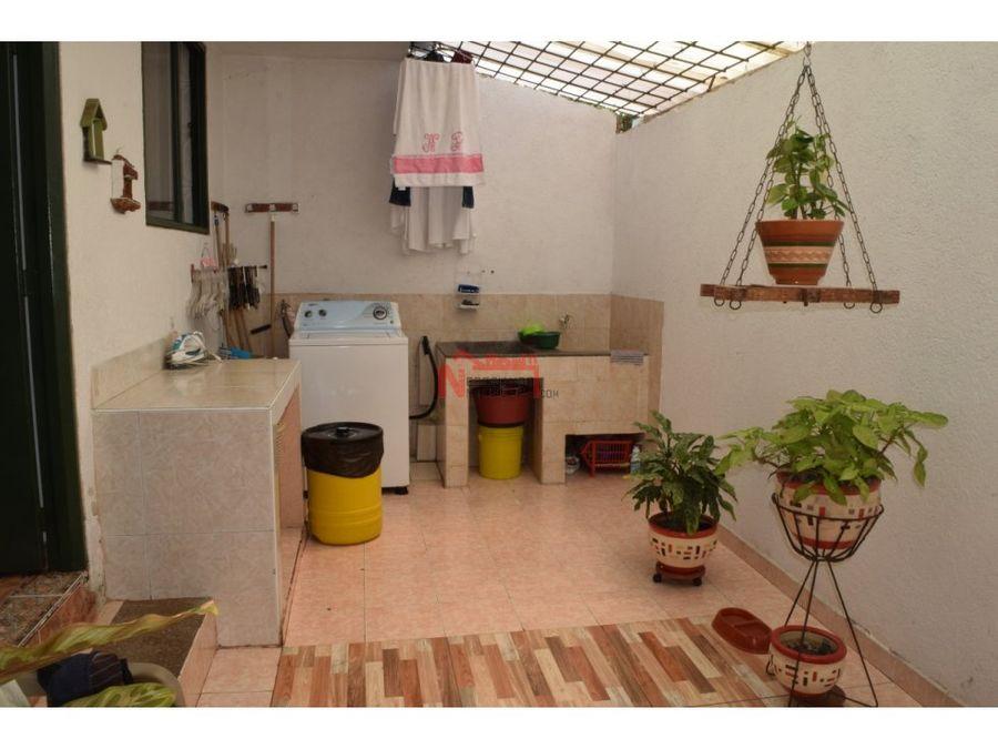 venta casa sector unicentro