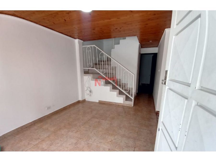 venta casa sur sector barrio los kioscos