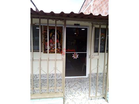 casa para la venta sector la pavona