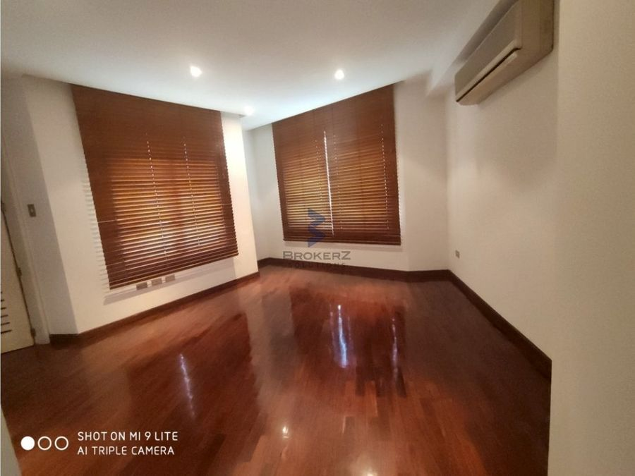 alquiler apartamento 191m2 3h3b2p campo alegre