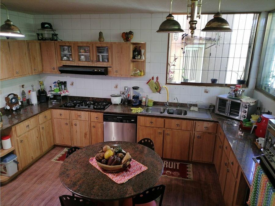 se vende casa quinta 534 m2 en el marques
