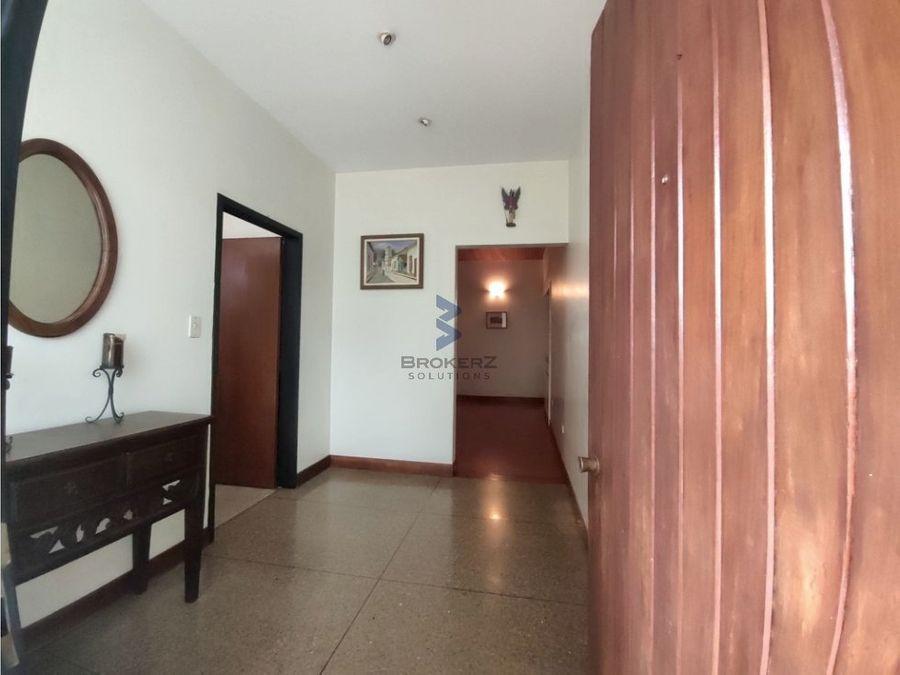 venta de apartamento 191 mts 4h3b2p colinas de bello monte