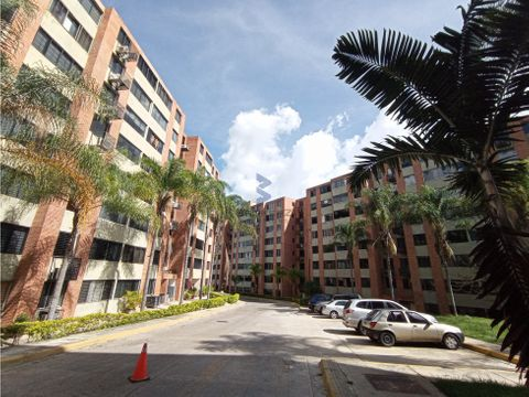 venta apartamento 65m2 2h2b2p los naranjos humboldt