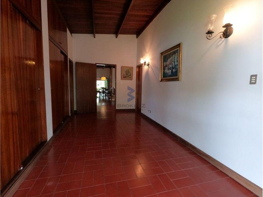 venta casa 420m2 6h 7b 7pe lomas de la trinidad