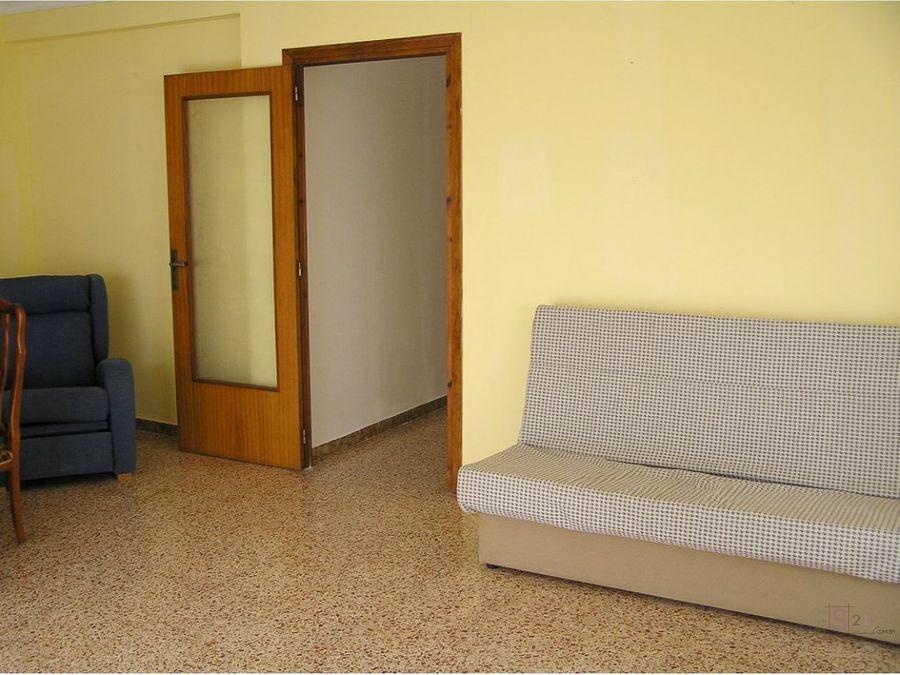 piso de 3 habitaciones en pego