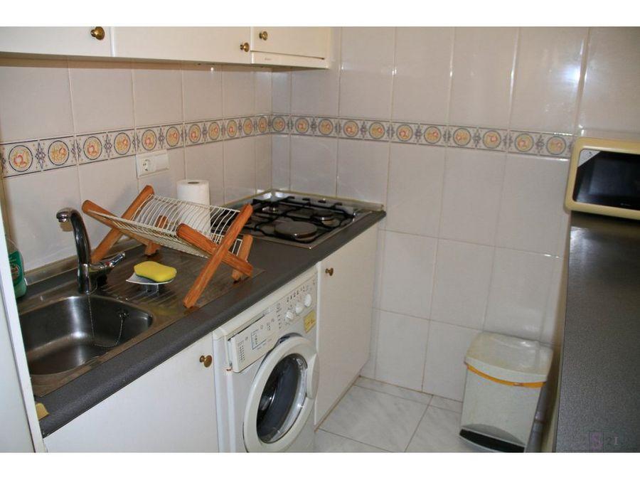 alquiler anual apartamento de 2 habitaciones en denia