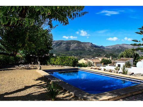 villa de 3 habitaciones en murla con vistas panoramicas