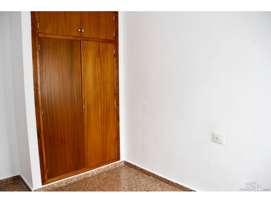 alquiler anual piso de 3 habitaciones en orba