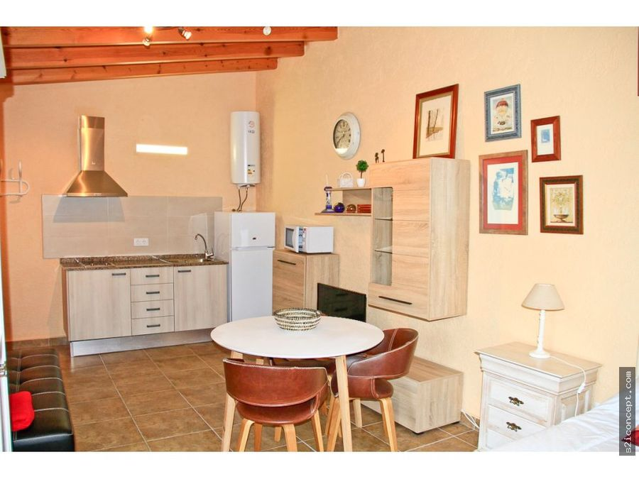villa de 4 dormitorios con dependencias en javea