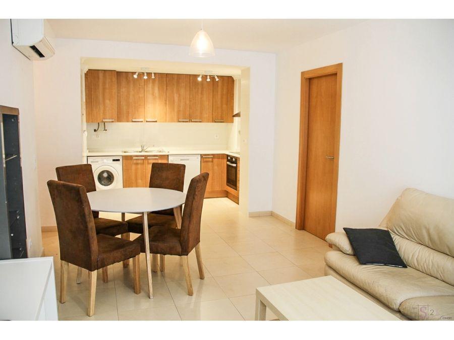 alquiler anual piso de 3 habitaciones en benidoleig