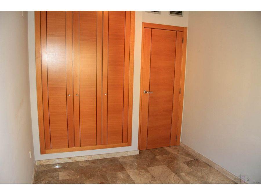 alquiler anual piso de 3 habitaciones en denia
