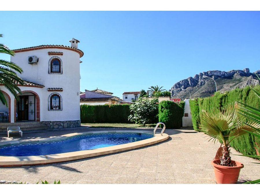 2 villas con piscina privada en els poblets