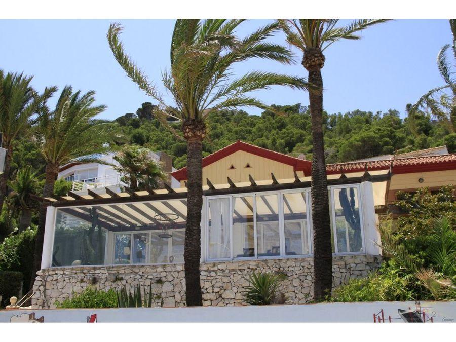 alquiler anual villa de 6 habitaciones en denia las rotas