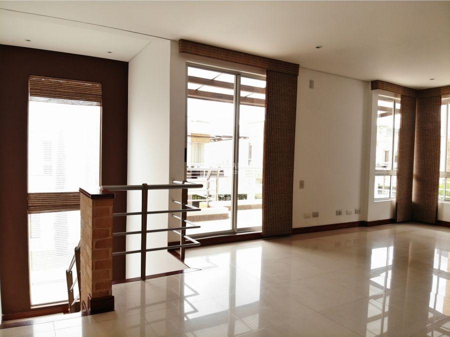 venta de casa en la castellana armenia conjunto