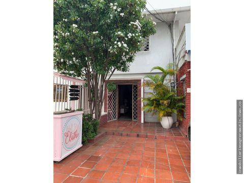 segrera mutis vende casa en manga sobre avenida principal