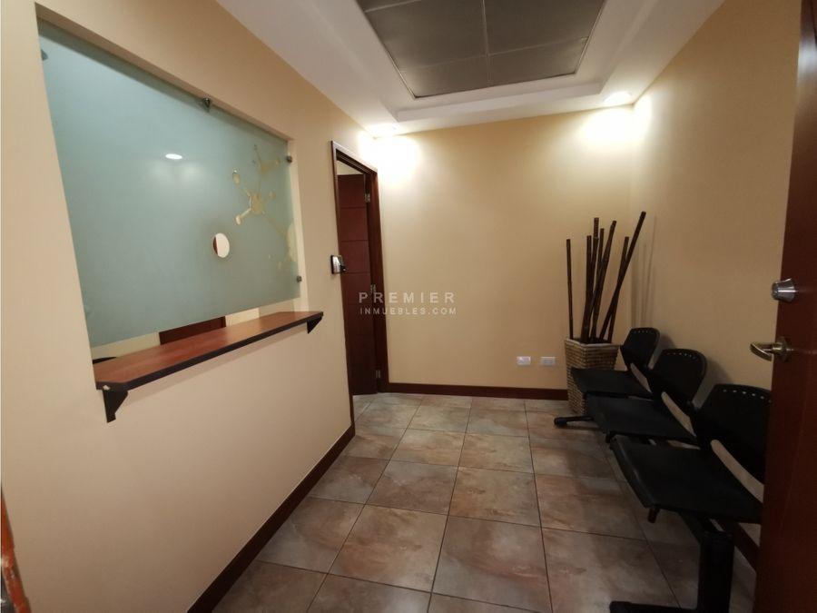 oficina amueblada en edificio corporativo zona 15 199 m2