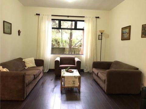encantador apartamento rodeado de un ambiente boscoso