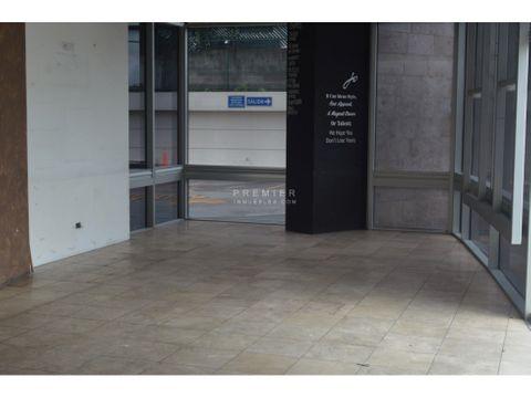 local comercial de 84 m2 con alta exposicion en zona 15
