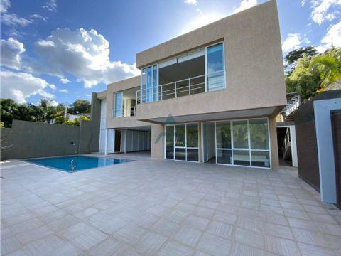 se vende casa 1400m2 5hs5bs7p en prado del este