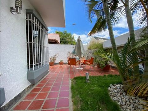 se vende casa en alto prado 300 m2 4h3b5p