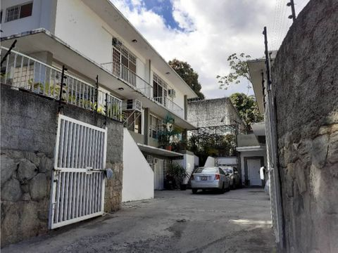 se vende townhouse 305m2 3hs4bs3p en la castellana