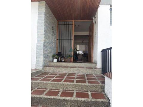 se vende casa 500 m2 6hs7bs5p en lomas de la trinidad
