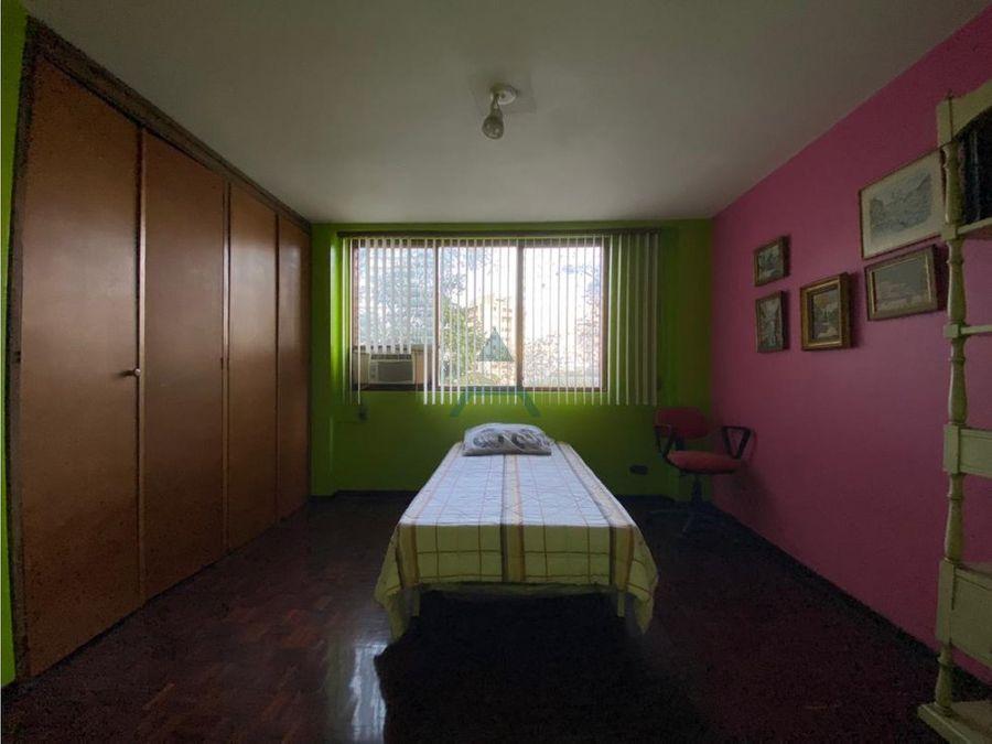 se vende apto 254 m24h3b2p la castellana