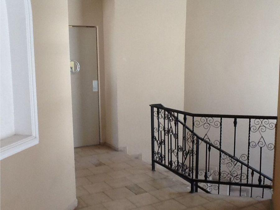 casa en venta en contry las aguilas1er sec guadalupe nuevo leon