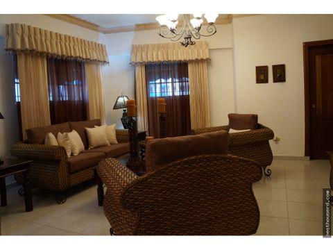 apartamento amueblado en alquiler en renacimiento