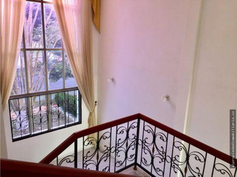 casa especiosa en venta o arriendo castellana