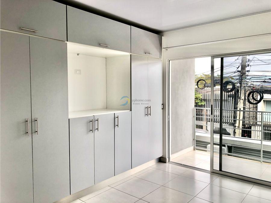 alquiler de apartamento ubicado a 400 mtrs del parque en vargas araya