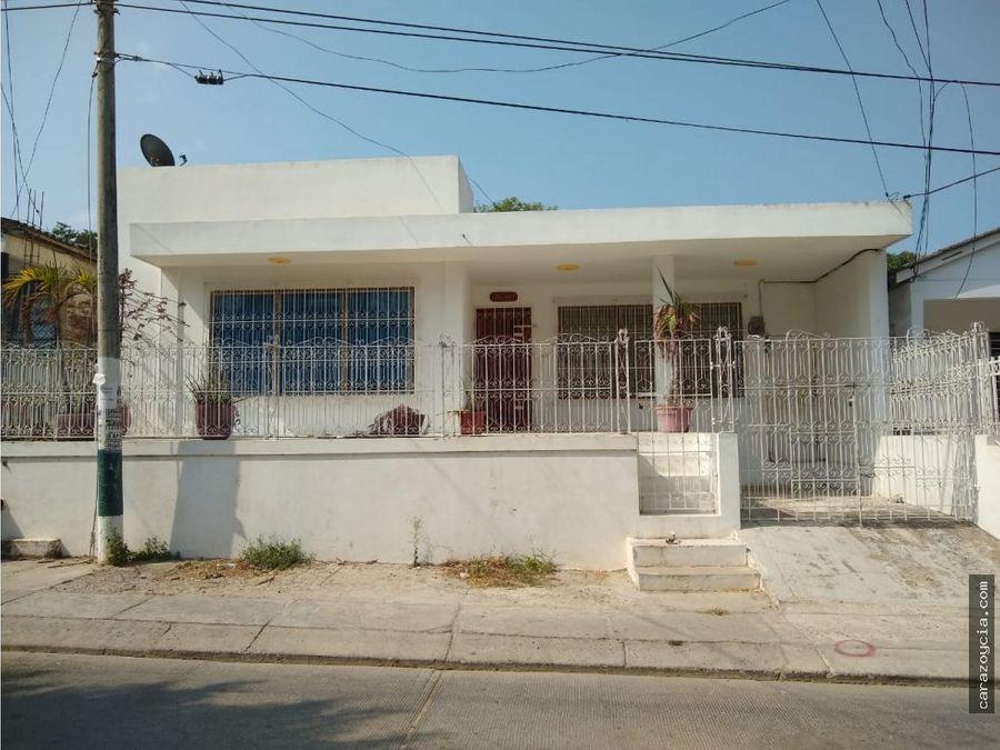 carazo vende casa escallon villa