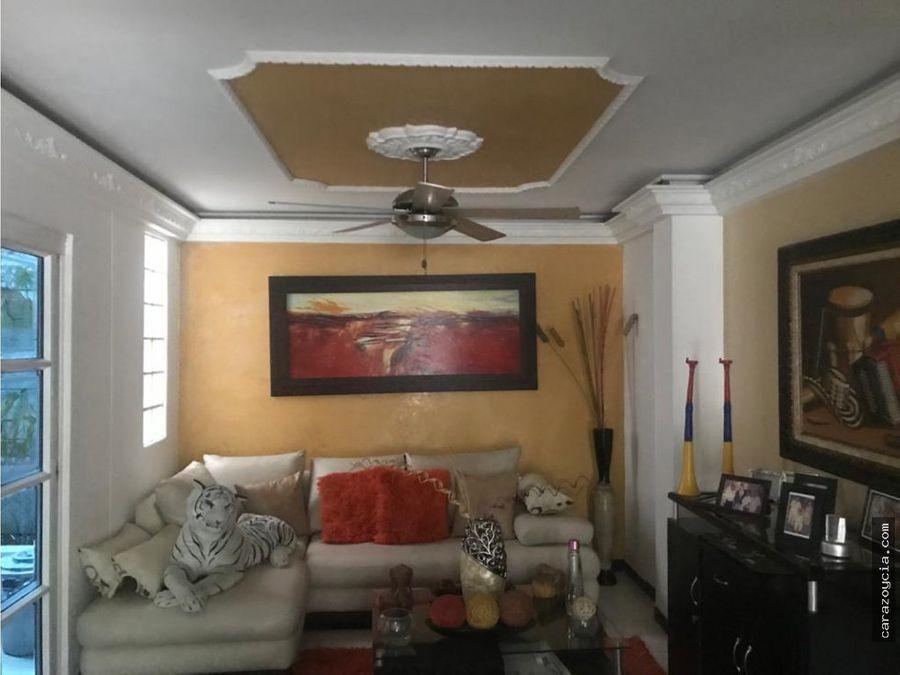 carazo vende casa baru f 5