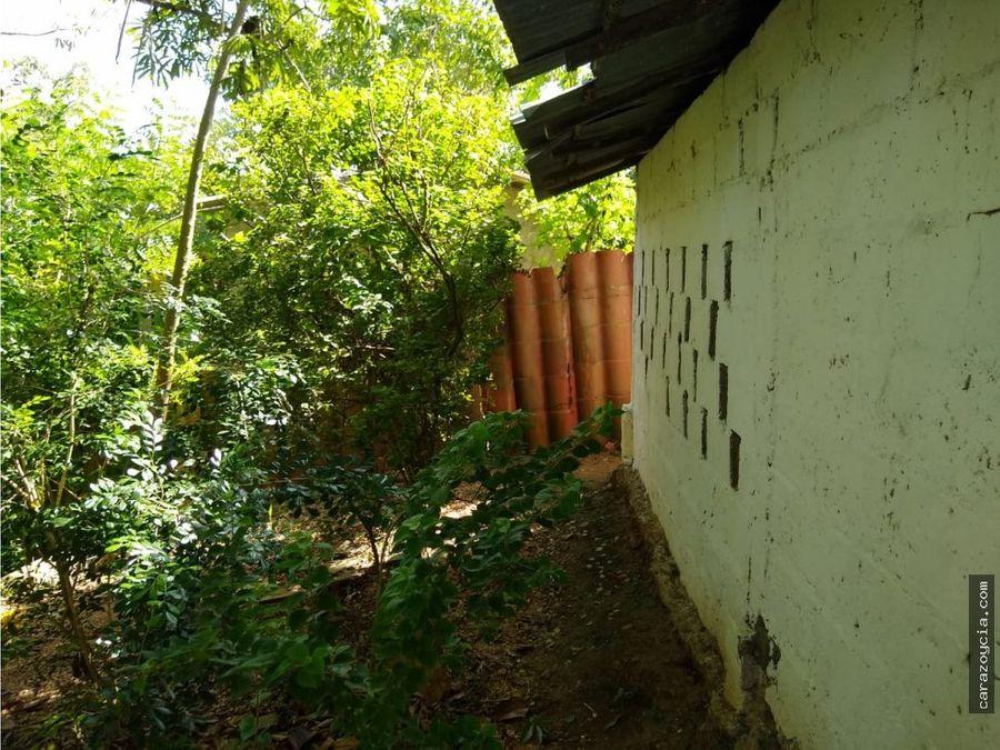 carazo vende casa fina campestre en turbaco