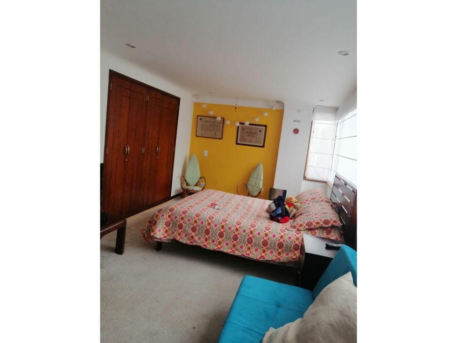 venta de apartamento duplex en unicentro