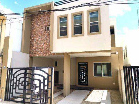 casa en venta en la col del pueblo tampico