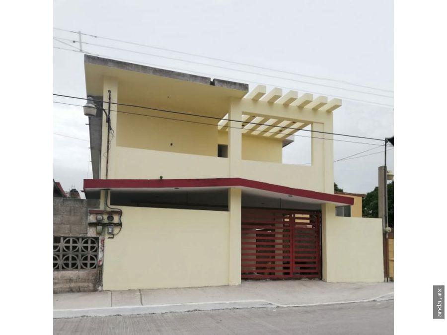 casa en venta con departamentos en tampico