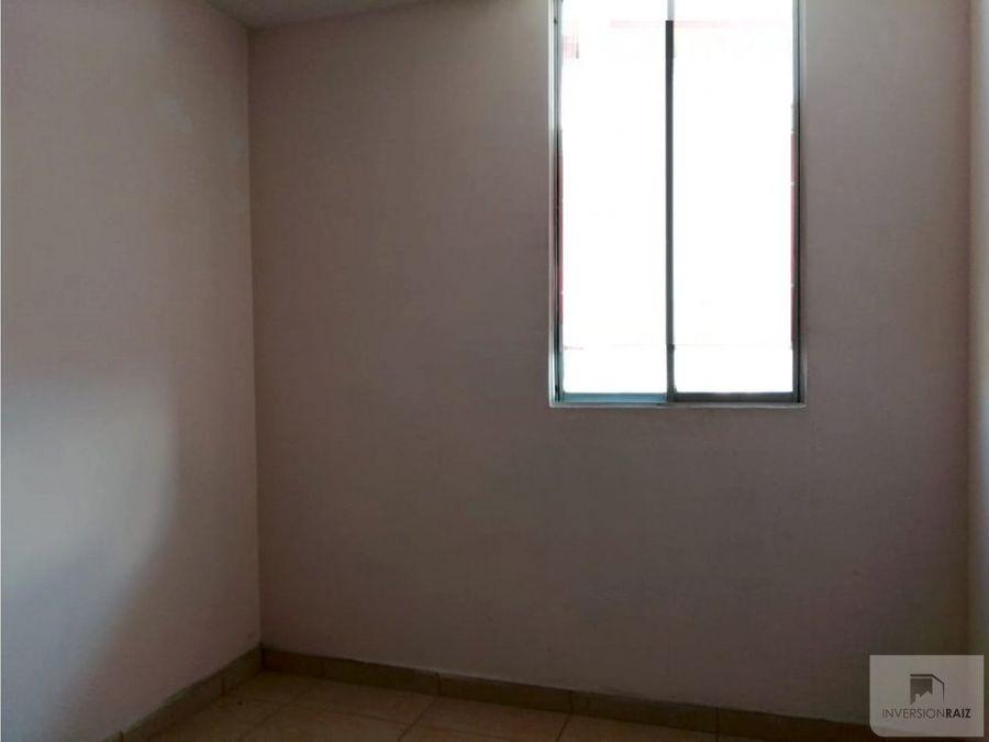 apartamento con parqueadero en robledo pilarica