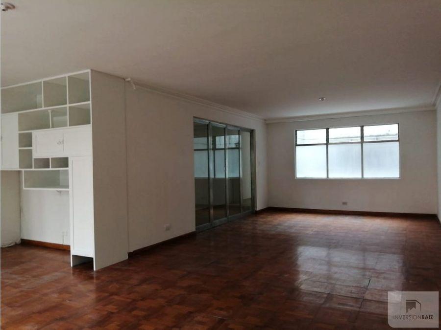 apartamento en arriendo segundo piso calasanz parte baja