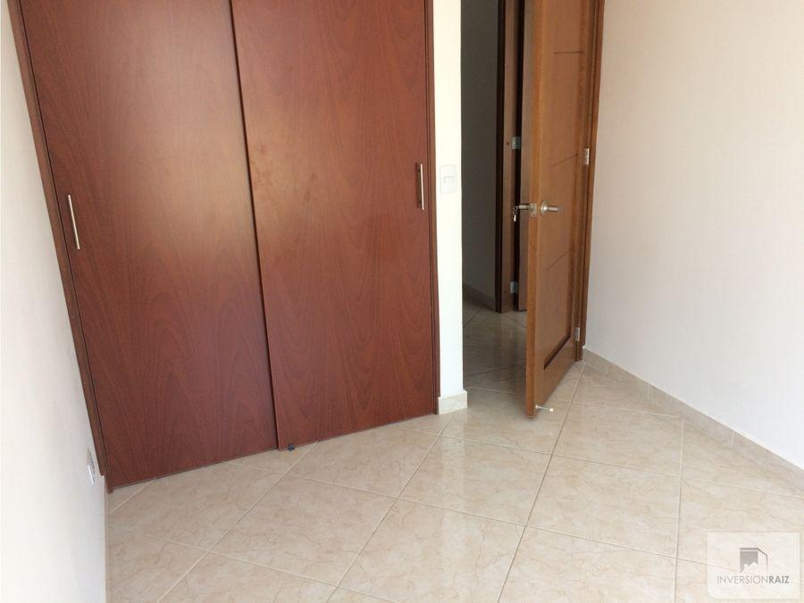 arriendo apartamento de 2 alcobas en laureles san juan