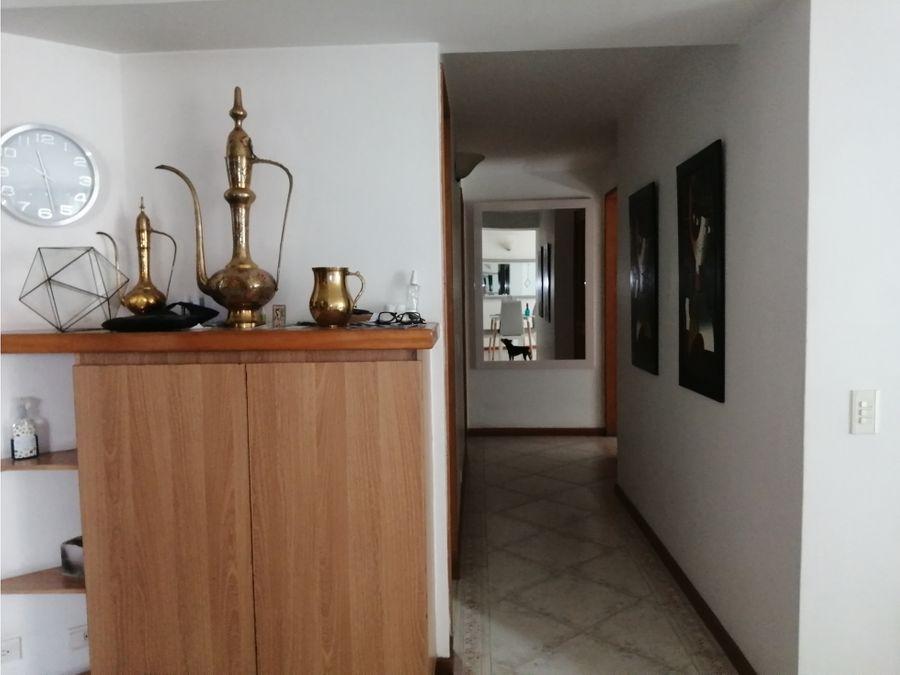 apartamento en venta loma de los bernal cerca de gran via